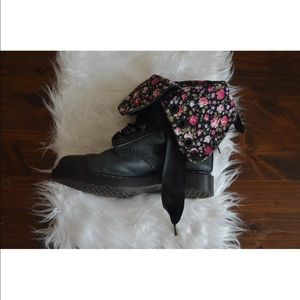 Dr. Martens Airwair Floral Triumph Leather Boots